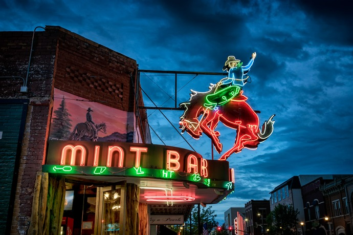 Mint Bar Neon - Sheridan WY