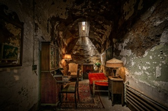 Al Capone's Cell: Eastern State Penitentiary, Philadelphia