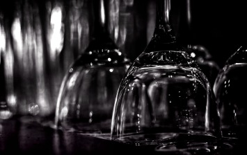 Glass Noir